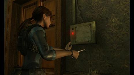 Resident Evil:Revelations - 3DS - 2