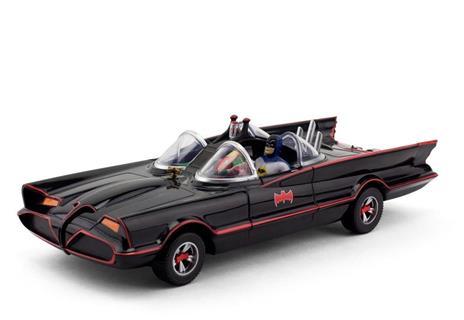 Dc Comics: 1966 Batmobile With Batman & Robin Mini Bendable Figures - 2