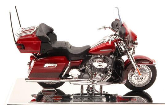 Harley Davidson FLHTK Electra Glide Ultra Limited 2013 1:18 Model MI15964