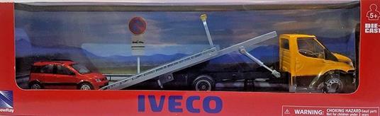 New Ray Iveco New Daily Soccorso Auto con Auto 1:43 Die-Cast 15875ss modello assortito - 2