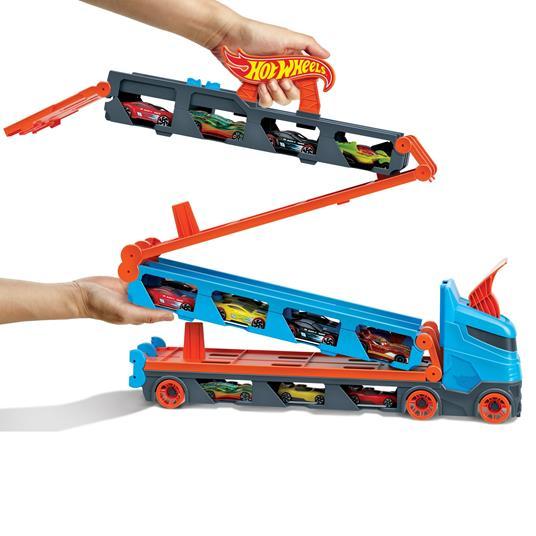 Hot Wheels 2in1 Camion Trasportatore e Pista con 3 Macchinine,Giocattolo per Bambini 4+Anni. Mattel (GVG37) - 3