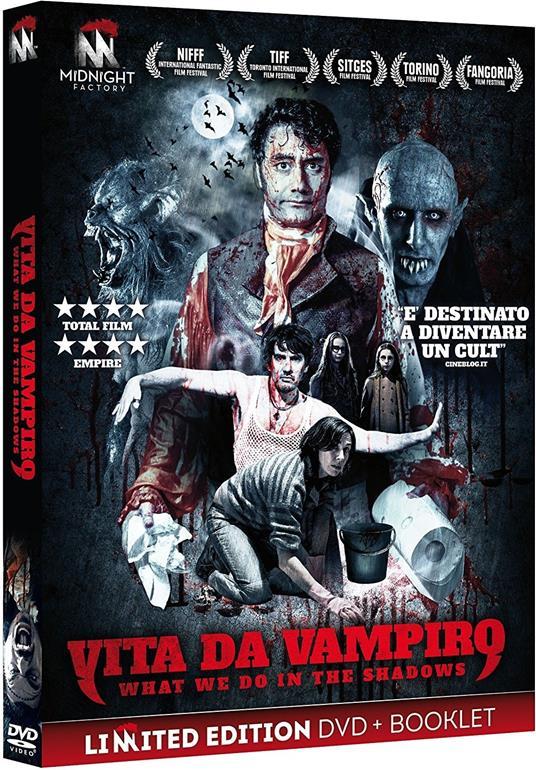 Vita da vampiro. What We Do in the Shadows. Limited Edition con booklet (DVD) di Jemaine Clement,Taika Waititi - DVD