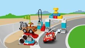 LEGO DUPLO Cars (10924). Il giorno della gara di Saetta McQueen - 4