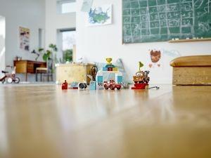 LEGO DUPLO Cars (10924). Il giorno della gara di Saetta McQueen - 8