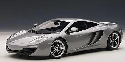 Auto Art / Gateway AA76007 MC LAREN MP4-12C 2011 SILVER 1:18 Modellino