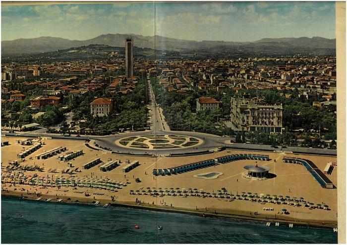 Rimini riviera. Rimini Torre Pedrera Viserbella Rivabella G. Giuliano Mare  Bellariva Marebello Rivazzurra Miramare. La spiaggia d\'Europa