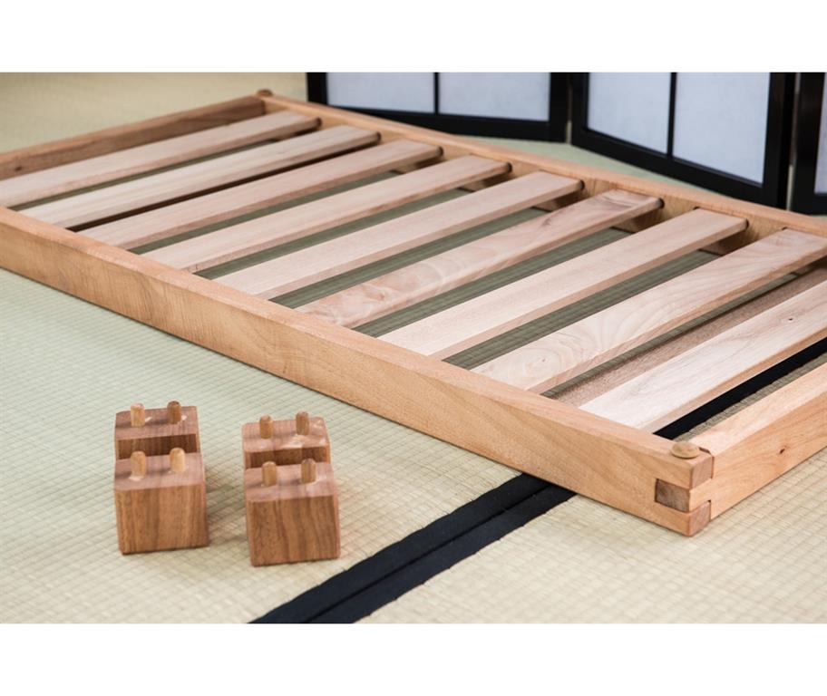 Misure Letti Per Bambini.Letto A Doghe Montessoriano Artigianale Bio Wood Per Bambini Sola Struttura Misure Est 66x126 Misura Int 60x120