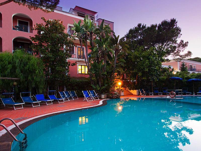 SMARTBOX - 2 notti d'incanto tra relax e gusto in hotel 4 ...
