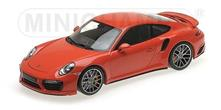 Porsche 911 Turbo S 2016 Orange 1:18 Model RIP110067120