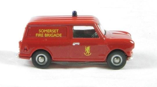 Modellino Corgi Dg215001 Mini Van-Somerset Fire Bridage 1/76